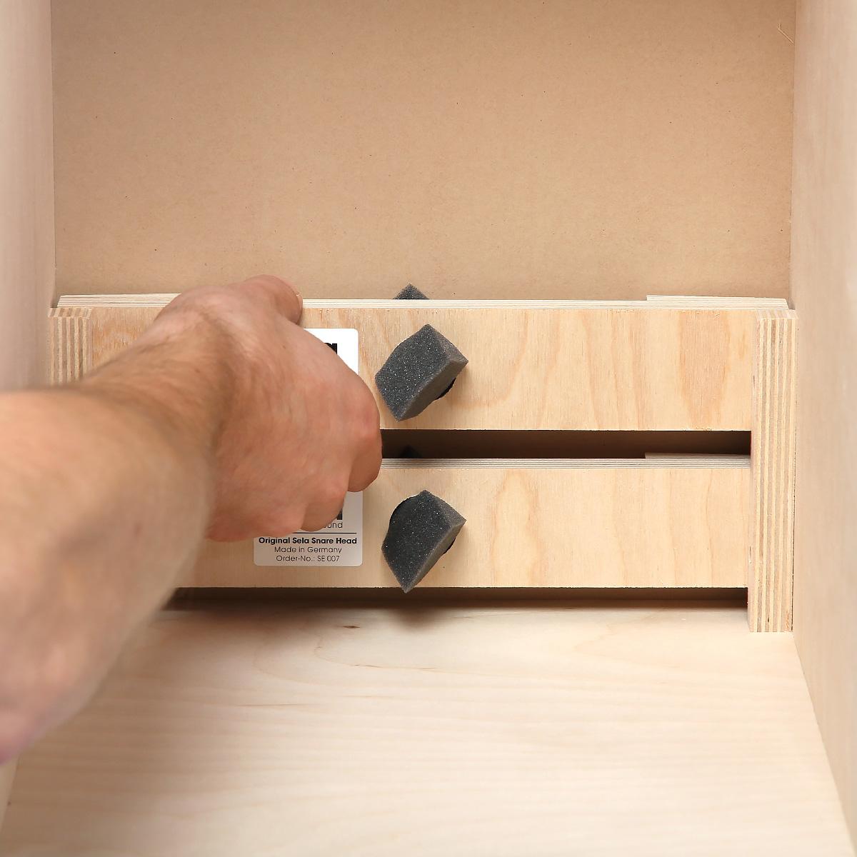 sela cajon snare traverse. Black Bedroom Furniture Sets. Home Design Ideas